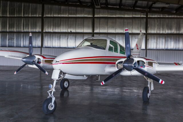 rental airplane