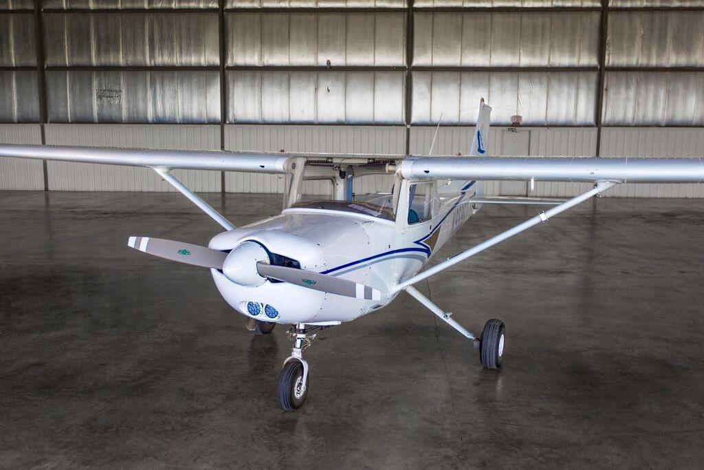 Cessna 152 Exterior 2 Inflight Pilot Training